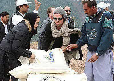 کمک آنجلینا جولی به زلزله زدگان آذربایجان