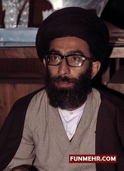 عکسی کمیاب از جوانی آیتالله خامنهای