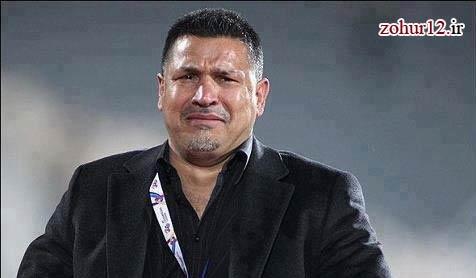 علی دایی به دیدار زلزله زدگان آذربایجانشرقی رفت
