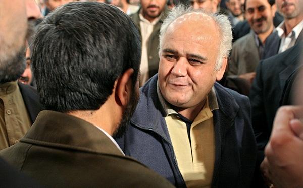 احمدی نژاد و اکبر عبدی در یک مراسم(عکس)