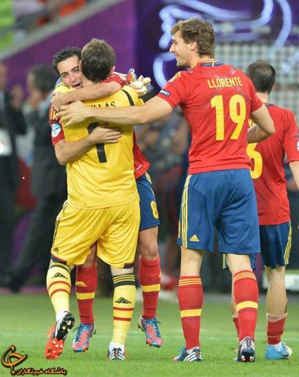 64262551445825758427 جشن قهرمانی اسپانیا در فینال یورو ۲۰۱۲/گزارش تصویری