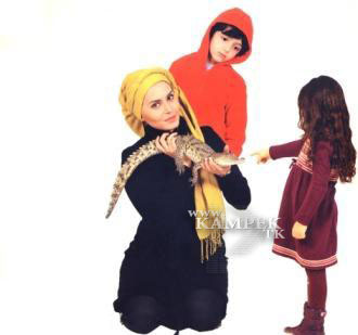 89154455887548253258 عکس های جدید بازیگران زن ایرانی با حیوانات