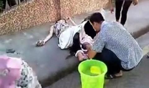 yr3nt40orztmd57h9ib5  زایمان عجیب زن ۲۲ ساله چینی در خیابان! +تصاویر