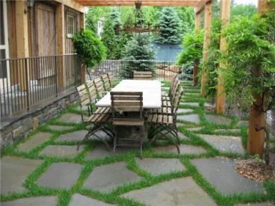 چگونه یک حیاط خانه زیبا و دلنشین داشته باشیم