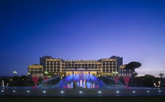 هتل قصر مردان شاندیز مشهد