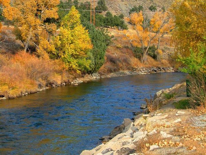 تصاویر فوق العاده زیبا و جذاب از رودخانه ها