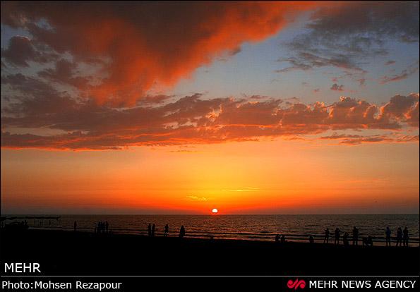 عکس هایی از گذران اوقات فراغت در سواحل بابلسر و محمودآباد