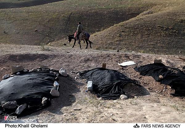 دفن جانباختگان زلزله دلخراش روستاهای ورزقان