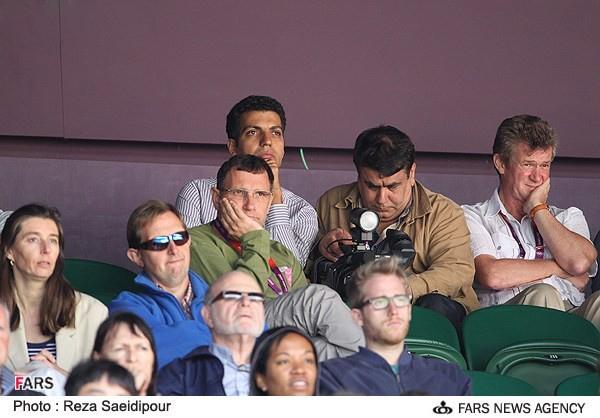 568431525468353244865 (عکس)/فردوسی پور در بین تماشاگران تنیس