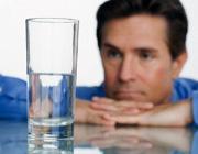 ده راه برای این که روزی ۸ لیوان آب بنوشیم