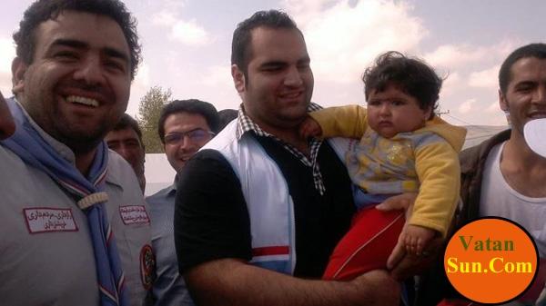 بهداد سلیمی به همراه همسرش در میان زلزله زدگان+تصاویر
