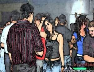 دستگیری ۲۲ دختر و پسر در پارتی شبانه