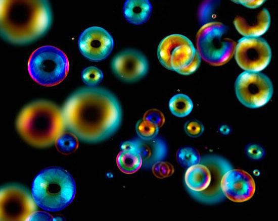 تصاویر جالب از لحظه ترکیدن حباب