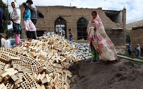 نزدیک شدن سرما و بارندگی به مناطق زلزله زده