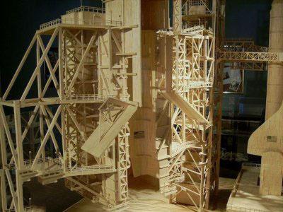 مجسمه های ساخته شده با چوب کبریت