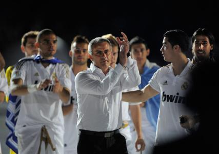 تشویق مورینیو برای بازیکنان رئال