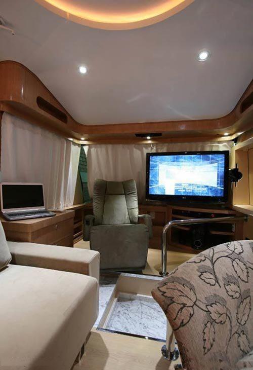 اتوبوس یا خانه لوکس و رویایی