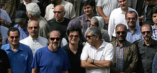 حضور سینماگران در بهشت زهرا