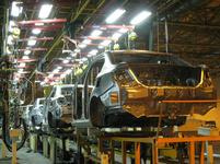 نگاهی به قیمت کارخانه و بازار خودروهای پرفروش