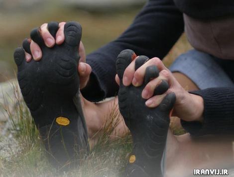 کفش ورزشی ۵ انگشتی