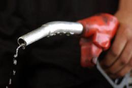مصرف بنزین در کشور افزایش یافت