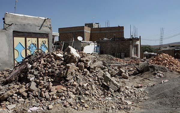 روند بازسازی مناطق زلزله زده