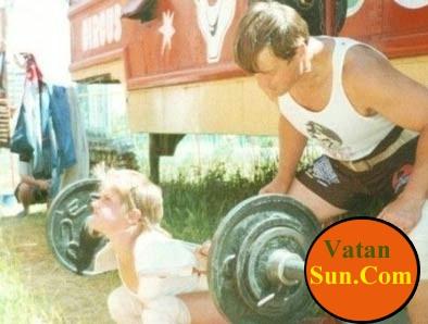 قویترین دختر جهان 40 کیلوگرم وزن دارد ! + عکس