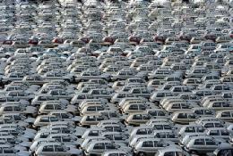 رکود، خودروسازان فرانسوی را تهدید می کند
