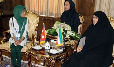 دیدار همسر رئیس جمهور ایران با دختر رئیس جمهور نپال /عکس