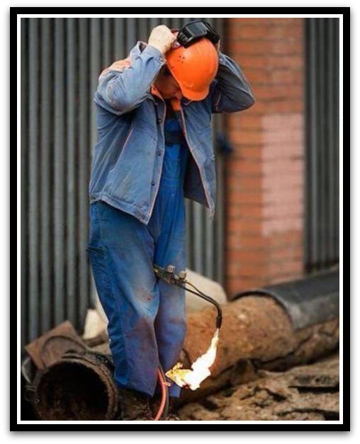 عکسهایی خنده دار از کارهای احمق ترین افراد | irannaz.com