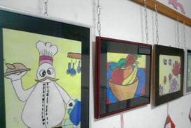 کودکان از نمایشگاه نقاشی گالری پردیس ملت استقبال کردند