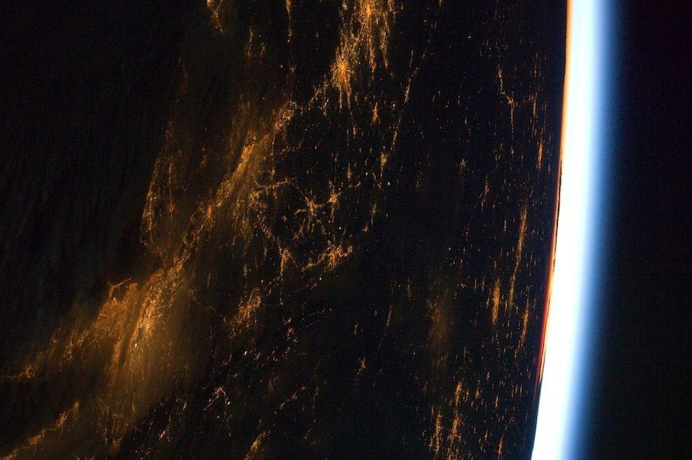 تصاویر زیبا از صحنه های ایستگاه فضایی