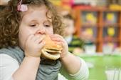 استرس والدین کودکان را چاق میکند