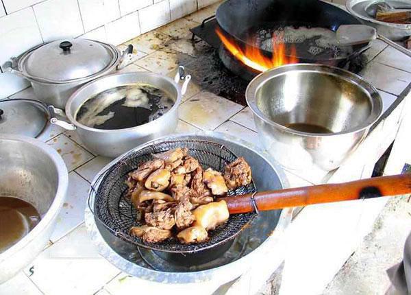 غذای چندش آور اما محبوب چینی ها