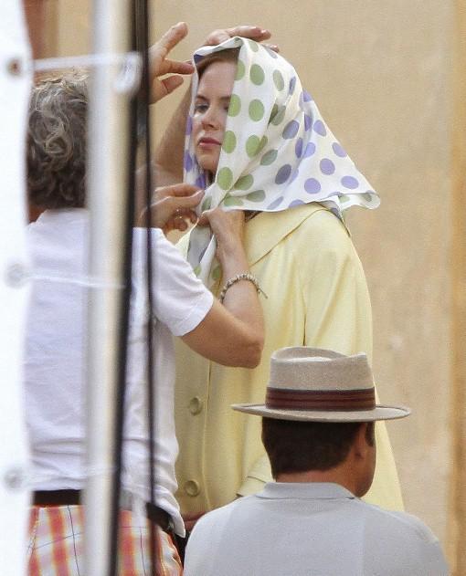 www.ebhamlinks.com | روسری سر کردن نیکول کیدمن در یک فیلم جدید