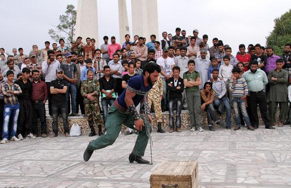 معرکه و مارگیری در کرمان