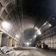 عملیات اجرای روکش آسفالت در تونل نیایش iبه سریعی اجرا می گردد