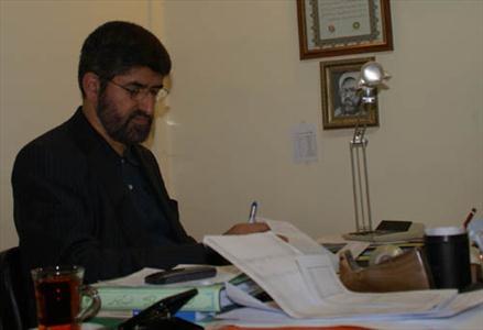 مطهری: شنیدهام احمدینژاد درخواست رفع حصر خانگی موسوی و کروبی را کرده است