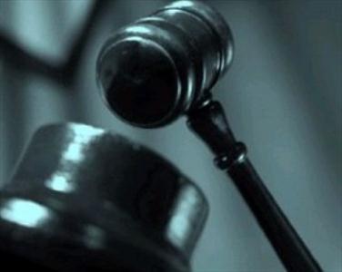 تصمیم گیری درباره مسائل مذهبی و دینی افراد در قانون کشورها