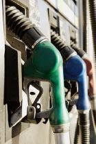 مصرف بنزین در کشور زیاد شد