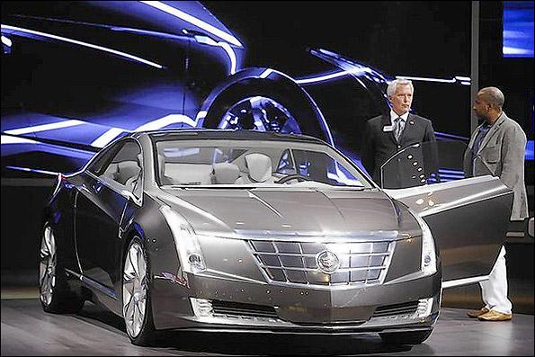 آغاز تولید مدل هیبریدی یک نوع اتومبیل لوکس
