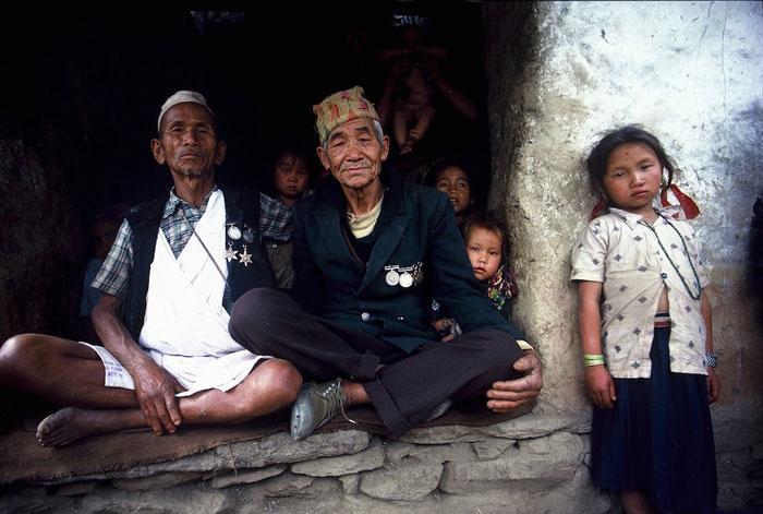شکارچیان عسل در نپال