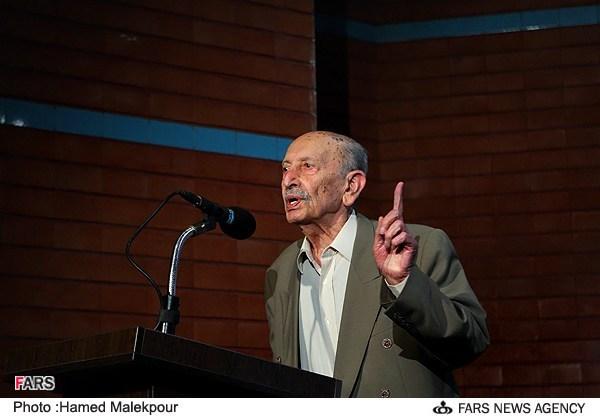 سخنرانی مرتضی احمدی در مراسم جشن تولد 88 سالگی اش