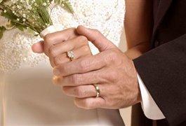 افزایش وام و دادن مسکن مهر برای تشویق به ازدواج
