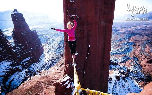 بند بازی دختر جوان در ارتفاع ۲۴۹ متری! +عکس