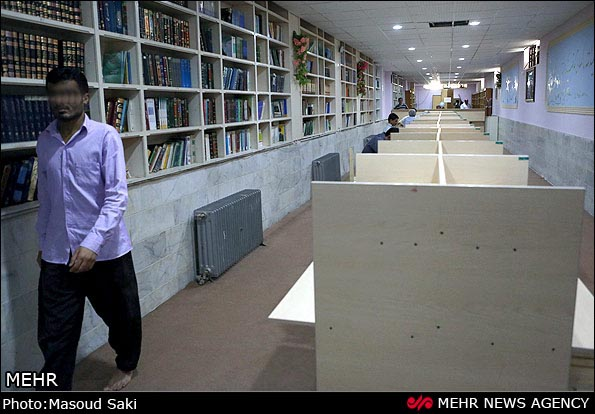 تصاویر کلاس های آموزشی در زندان
