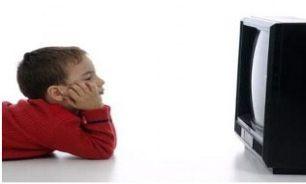 کودکان در طول روز چقدر تلویزیون تماشا کنند؟