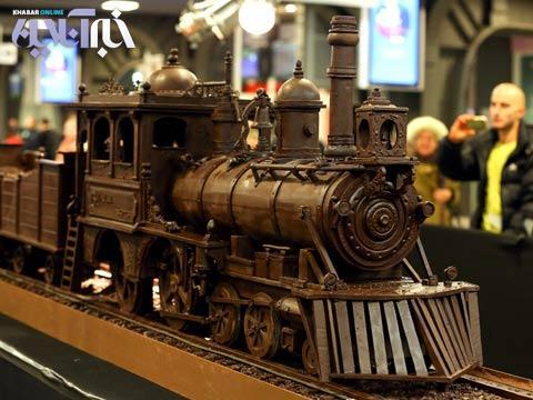 تصاویری از قطار ۳۴ متری از شکلات و شکستن رکورد جهانی