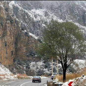 اختلال در تردد جاده ای lبه سبب بارش برف در ارتفاعات البرز و زاگرس
