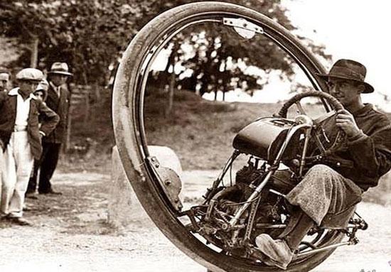 عجیب ترین وسایل نقلیه تاریخ! +عکس